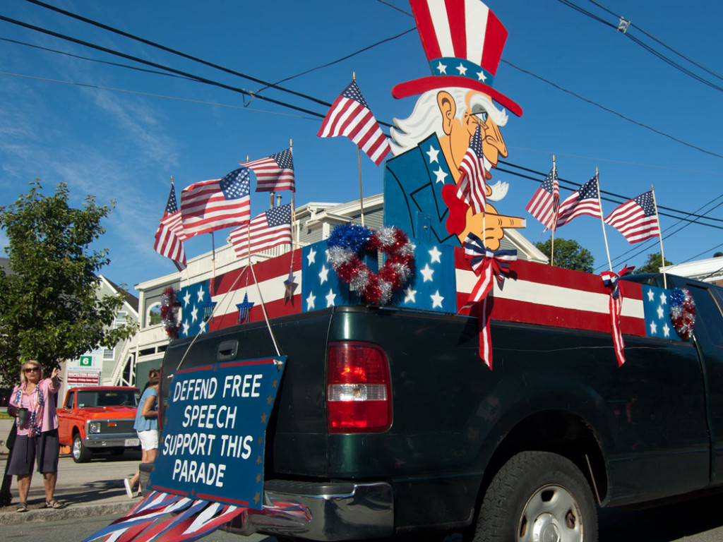 """Is that Uncle Sam giving the finger in a 2017 Beverly Farms Horribles Parade float saying """"Defend Free Speech / Support This Parade""""? (Greg Cook)"""