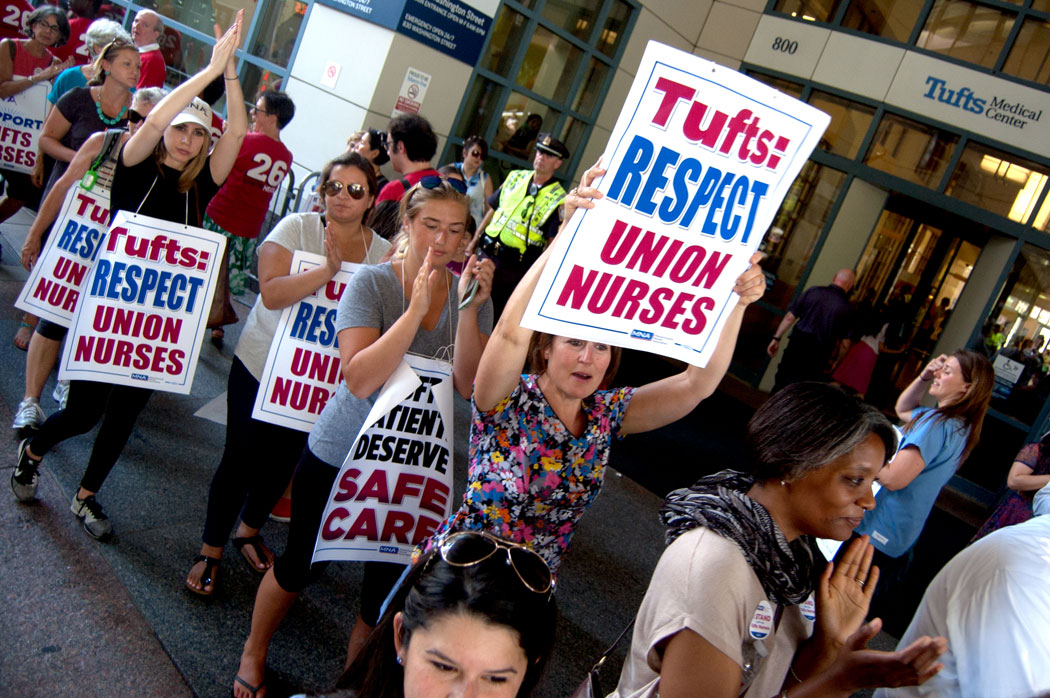 Nurses picket Tufts Medical Center in Boston as part of a one-day strike, July 12, 2017. (Greg Cook)