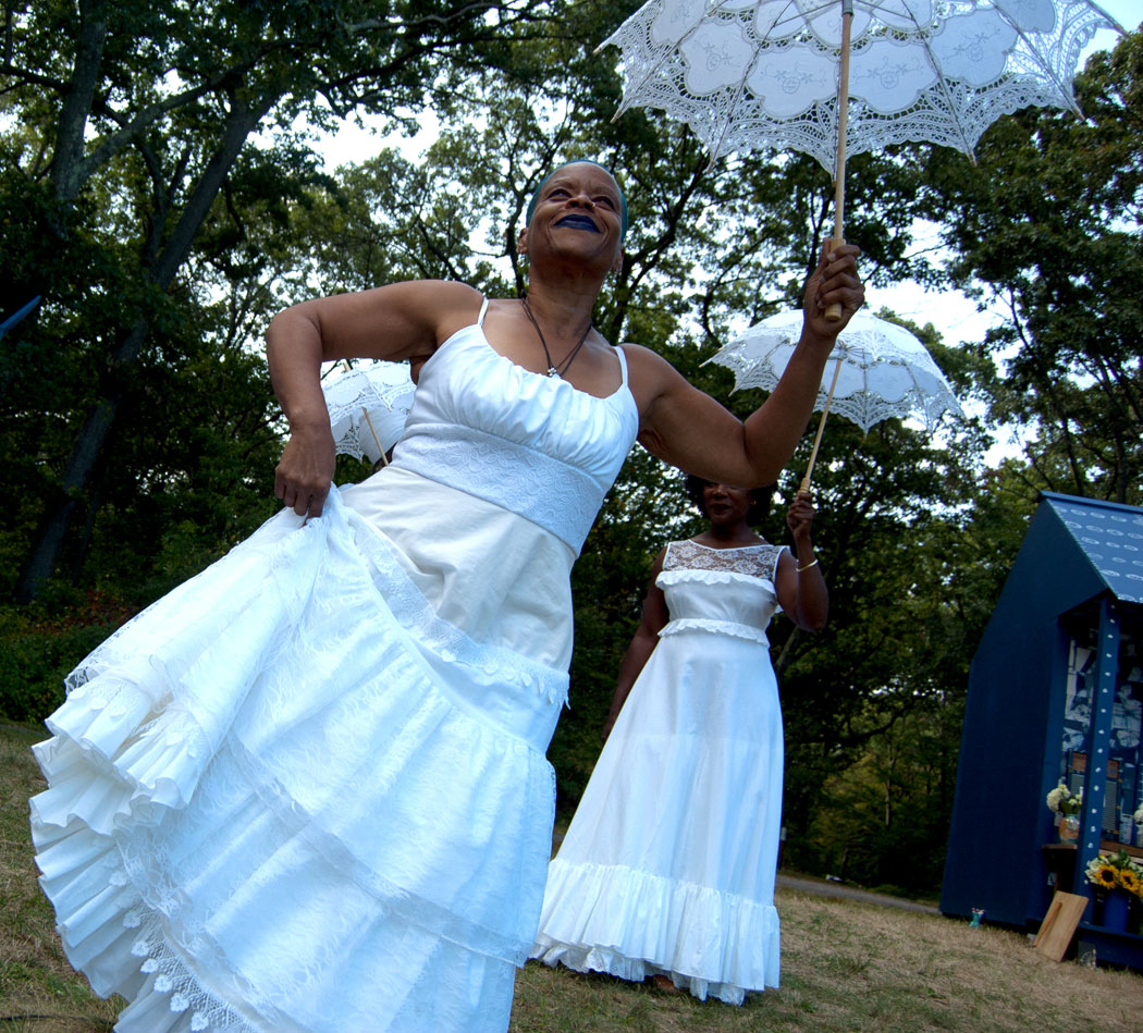 Ife Franklin and others dance at Franklin Park, Sept. 10, 2017. (Greg Cook)