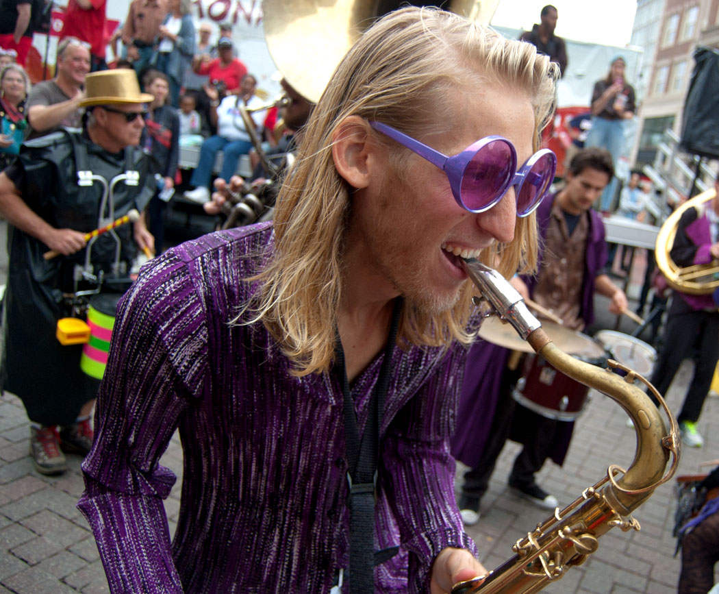 Lowell's Party Band plays in the Honk Parade, Sept. 8, 2017. (Greg Cook)