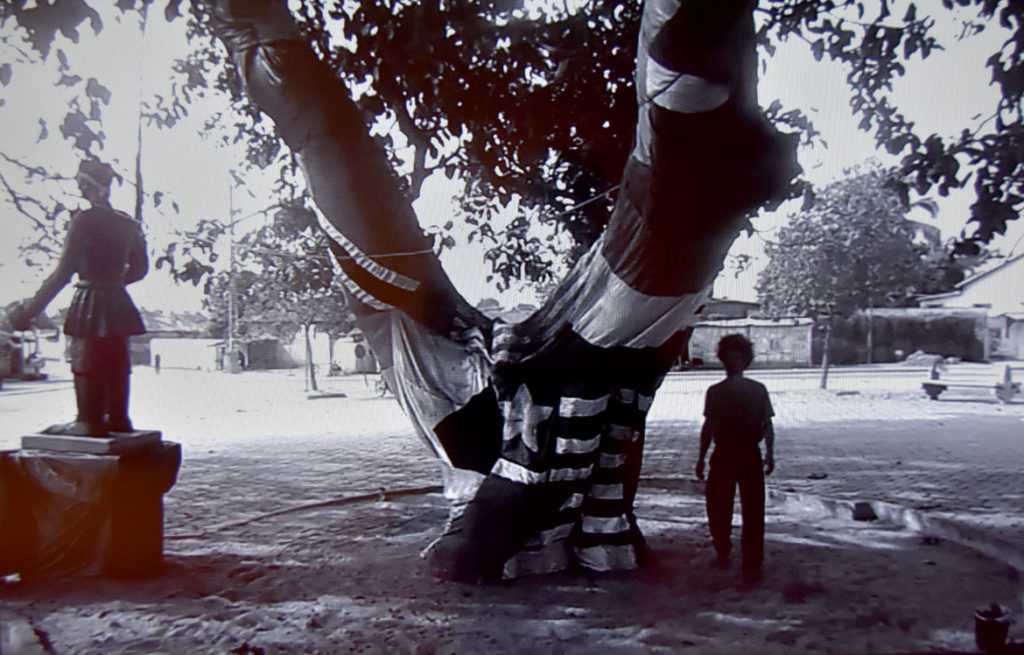 "Paulo Nazareth ""L'Abre D'Oublier (The Tree of Forgetting),"" 2013 video. (Greg Cook)"