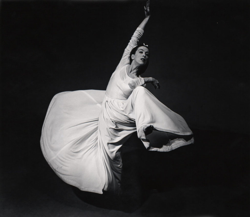 """Barbara Morgan, """"Martha Graham: Letter to the World (Swirl),"""" 1935, gelatin silver print, 13 5/8 x 15 5/8 inches. (Courtesy of the Syracuse University Art Collection)"""