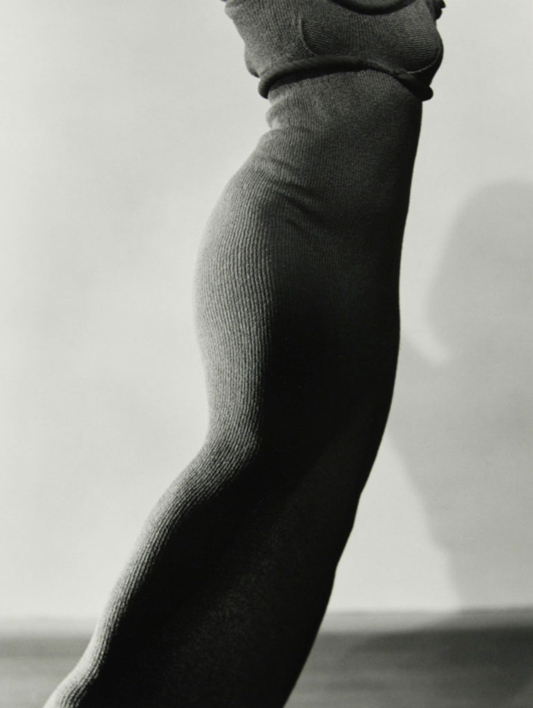 "Barbara Morgan, ""Ekstasis (Torso),"" 1938, gelatin silver print, 13 ¼ x 10 inches. (Courtesy of the Syracuse University Art Collection)"