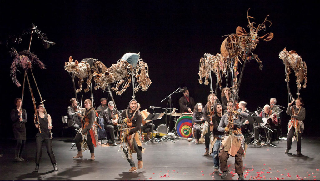 """Les Bêtes dansent ou le sortilège discret de la nature sauvage"" (""The Dancing Beasts or the Discreet Spell of the Wild"") by La Liga Teatro Elastico at the Festival de Casteliers, Montreal, March 8, 2018. (Marc Gibert / Adecom)"