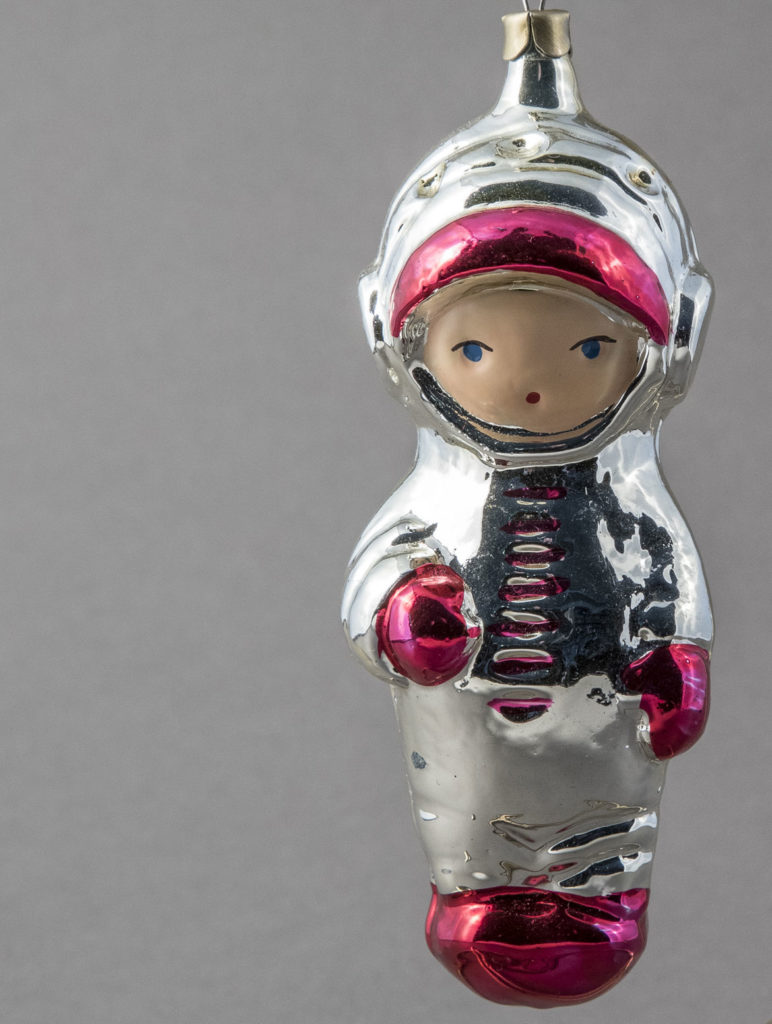 Cosmonaut ornament. (Courtesy Museum of Russian Icons)