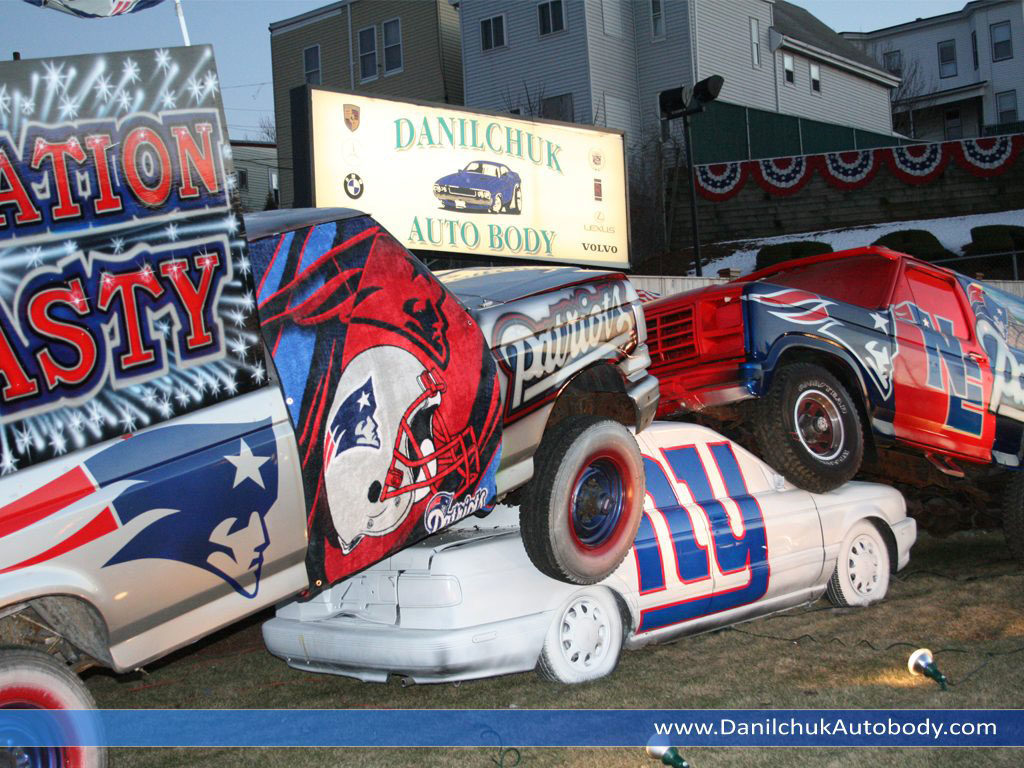 Danilchuk Auto Body's Patriots versus Giants display. (Courtesy)