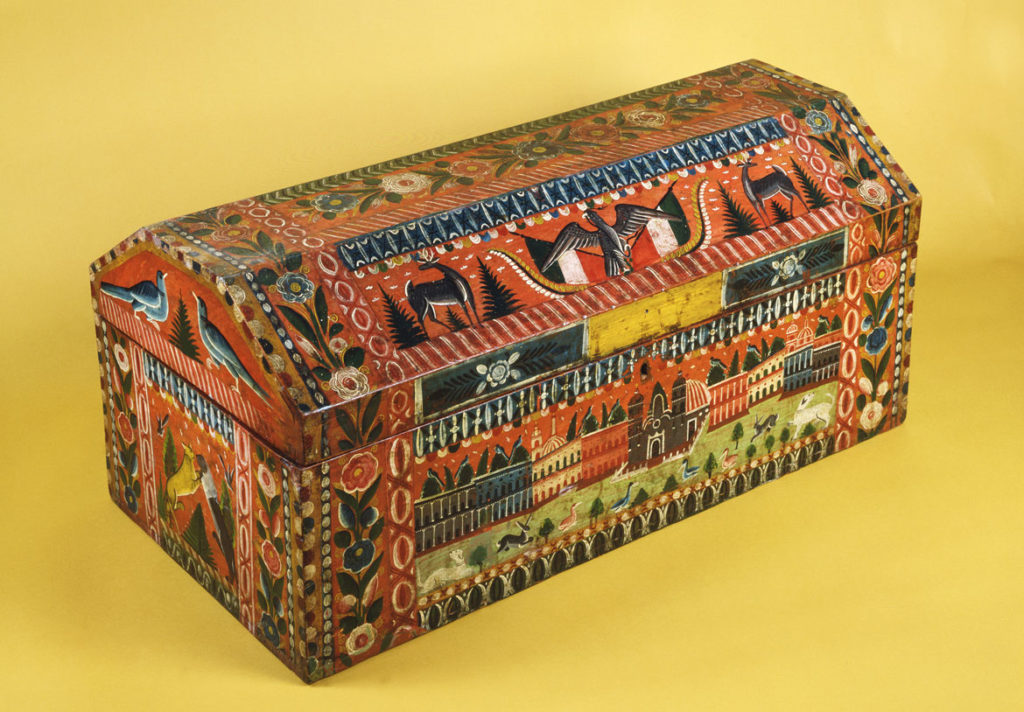 Trunk made in Olinalá, Guerrero, late 19th century, lacquered and painted wood. (Courtesy, Museum of Fine Arts, Boston)