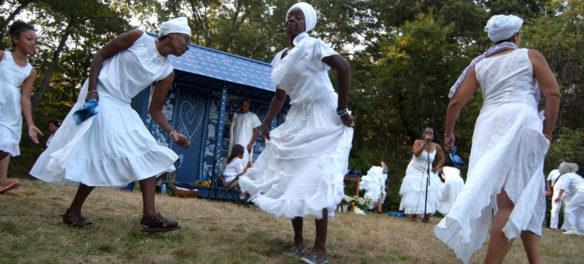 Ife Franklin leads the Ring Shout dance at Franklin Park, Sept. 10, 2017. (Greg Cook)