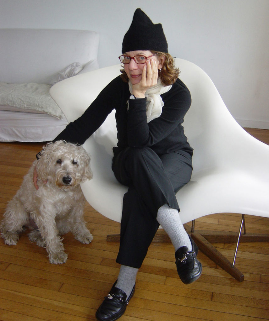 Maira Kalman and Pete in 2005. (© Rick Meyerowitz)