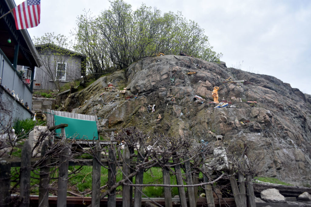 """Doll Mountain"" installation along East Main Street, Gloucester, May 5, 2019. (Greg Cook photo)"