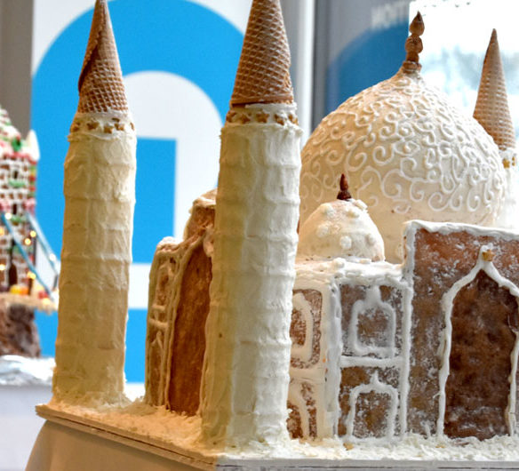 "Phase Zero Design's ""Taj Mahal"" in Gingerbread Design Competition and Exhibition, Boston Society of Architects Space, Dec. 17, 2019. (Greg Cook photo)"