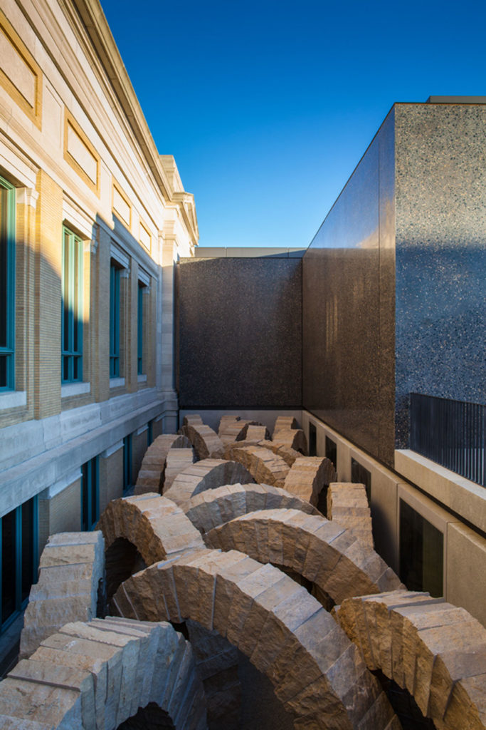 "Andy Goldsworthy, ""Stone Sea,"" 2012, limestone, permanent installation at The St. Louis Art Museum. (© Andy Goldsworthy, courtesy Galerie Lelong & Co., New York)"