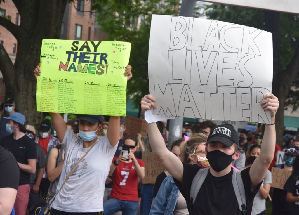 Thousands gathered in Boston's Peters Park to protest the murder of George Floyd by Minneapolis police. May 29, 2020. (Greg Cook photo)