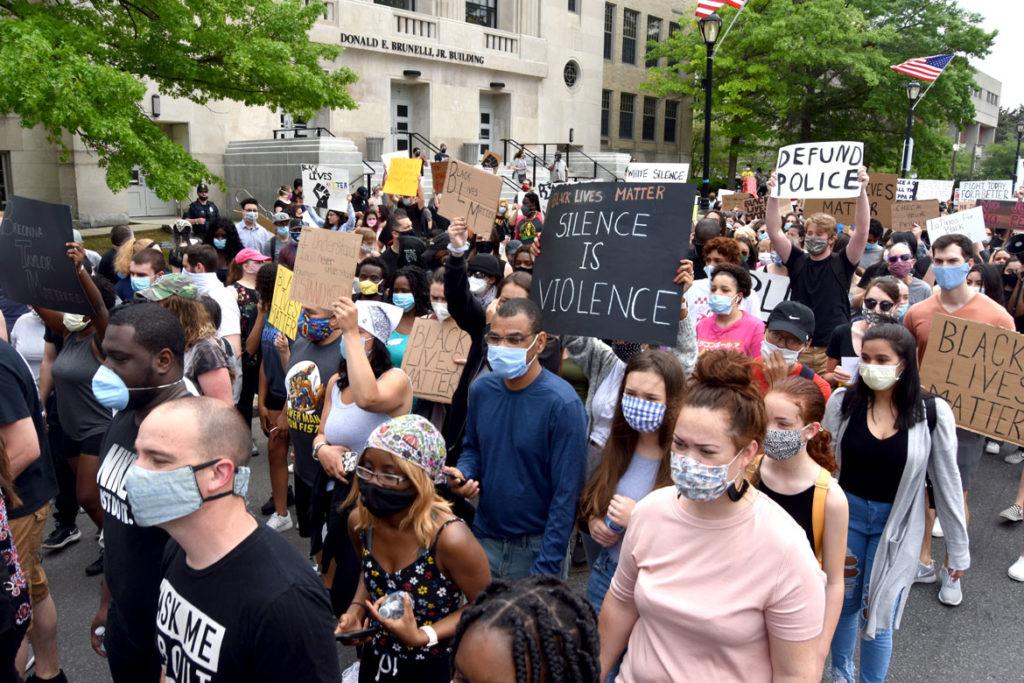 Black Lives Matter March in Malden, Massachusetts, June 5, 2020. (© Greg Cook photo)