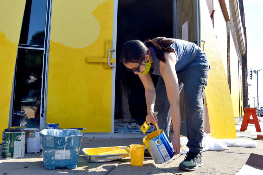 Painting mural at Wah Lum Kung Fu & Thai Chi Academy in Malden, July 19, 2020. (Photo ©Greg Cook)
