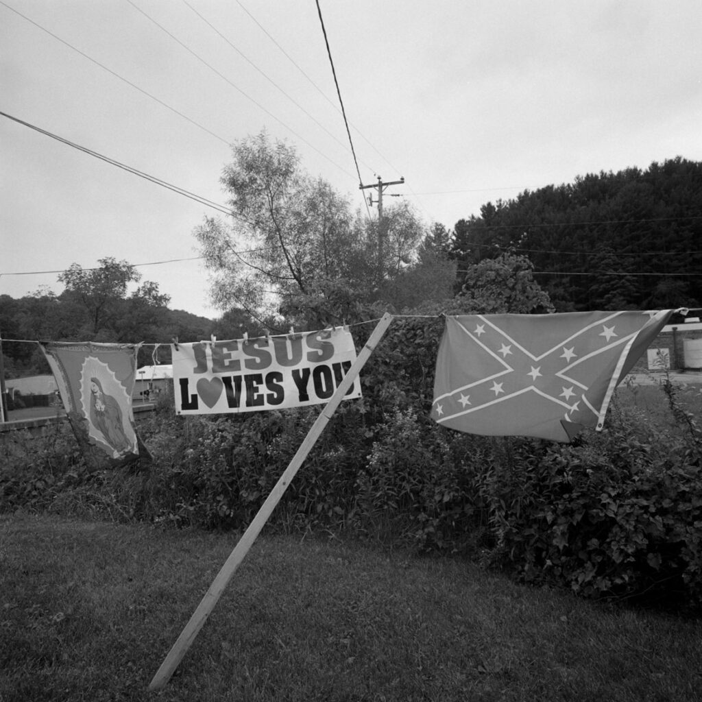 Bill Franson, Jesus Loves You, Off Route 14, WV, 2015. (Courtesy Gallery Kayafas)