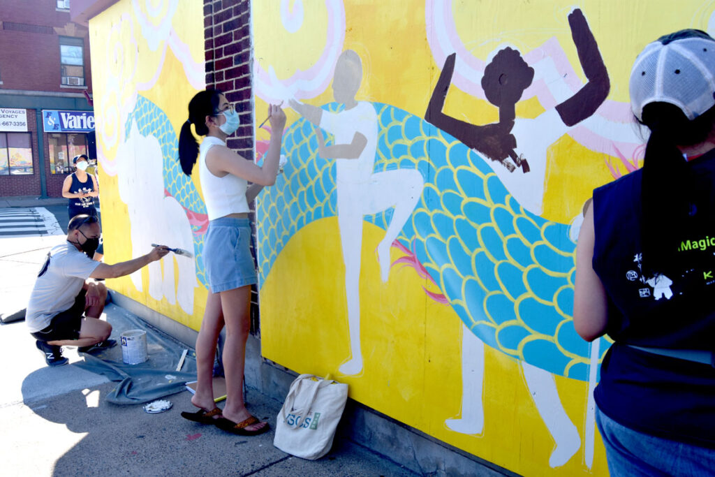 Painting mural at Wah Lum Kung Fu & Thai Chi Academy in Malden, Aug. 1, 2020. (Photo ©Greg Cook)