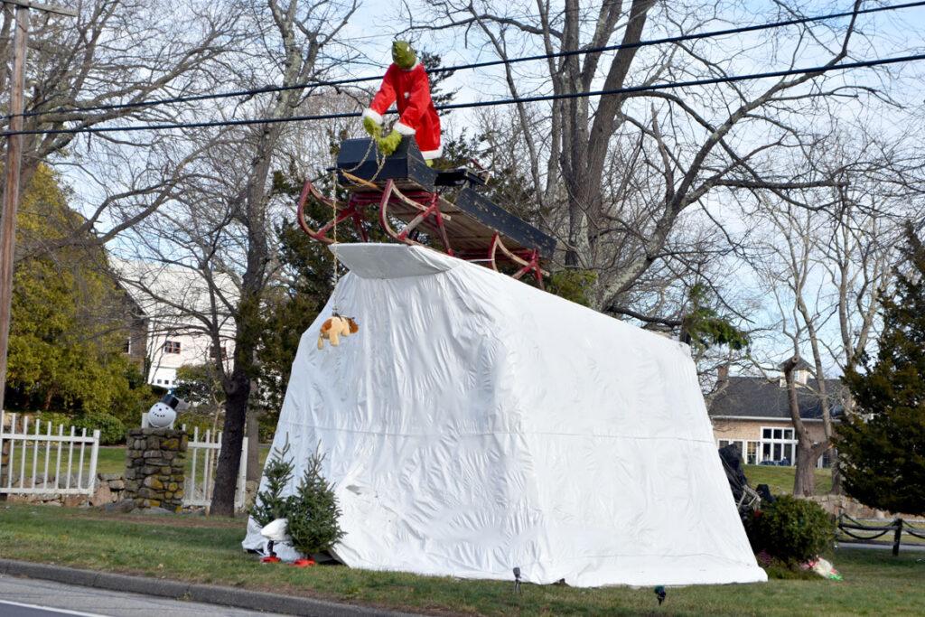 Christmas Grinch at Cedar Brook Farm, Essex Road/Route 1, Ipswich. 2020. (©Greg Cook photo)