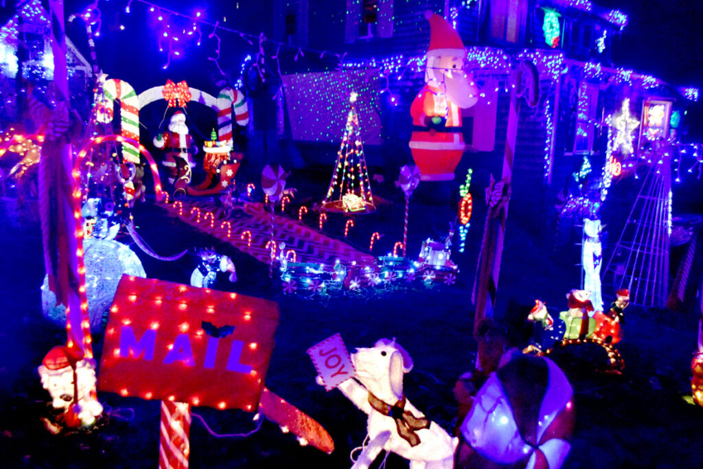 Christmas lights at 1 Rockingham Ave., Malden. 2020. (©Greg Cook photo)
