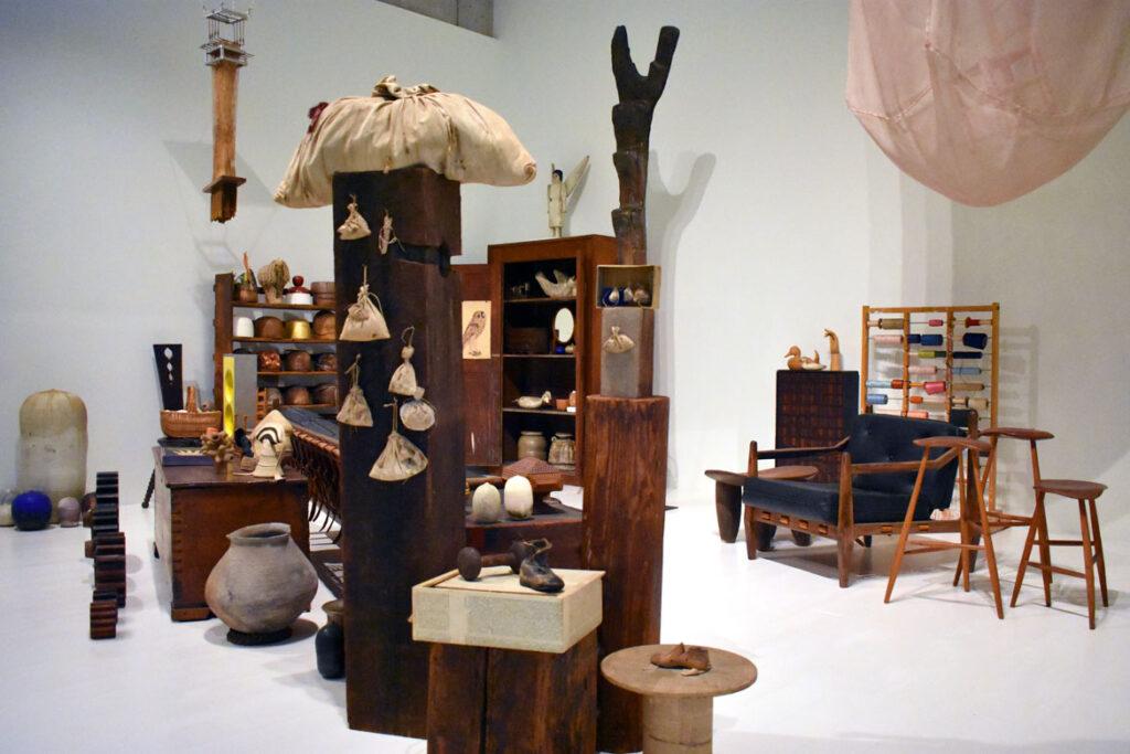 Installation recalling Lenore Tawney's New York studio at the Art Preserve of the Kohler Arts Center in Sheboygan, Wisconsin, July 2, 2021. (©Greg Cook photo)