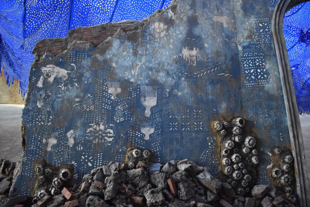 Firelei Báez installation at ICA Watershed, Boston, July 23, 2021. (©Greg Cook photo)