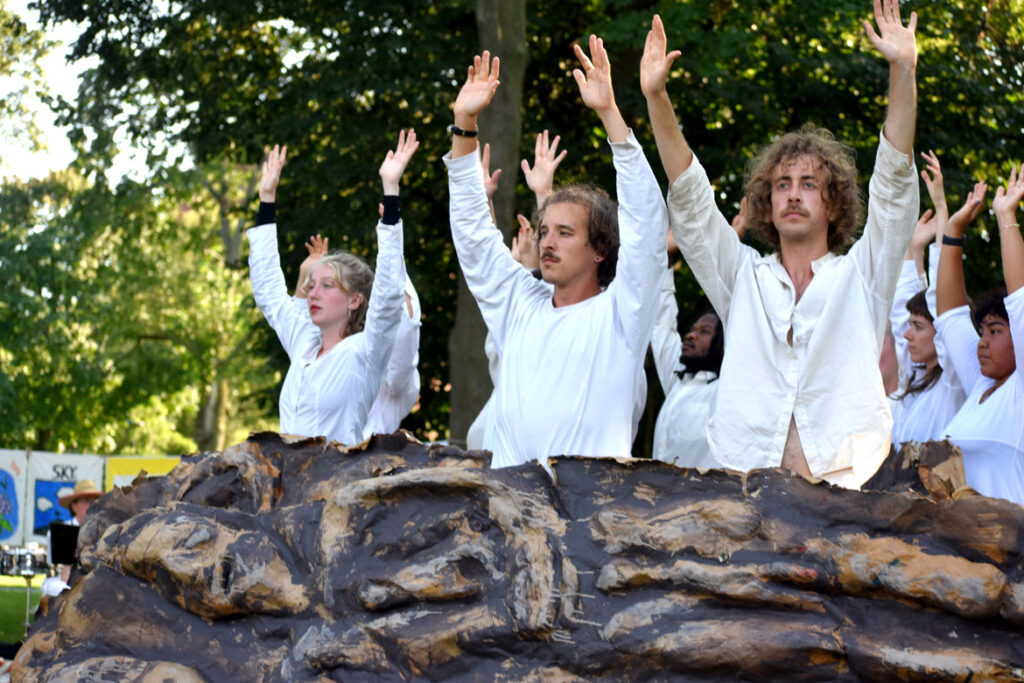 Bread and Puppet Theater performs its pageant at Cambridge Common, Sept. 4, 2021. (©Greg Cook photo)