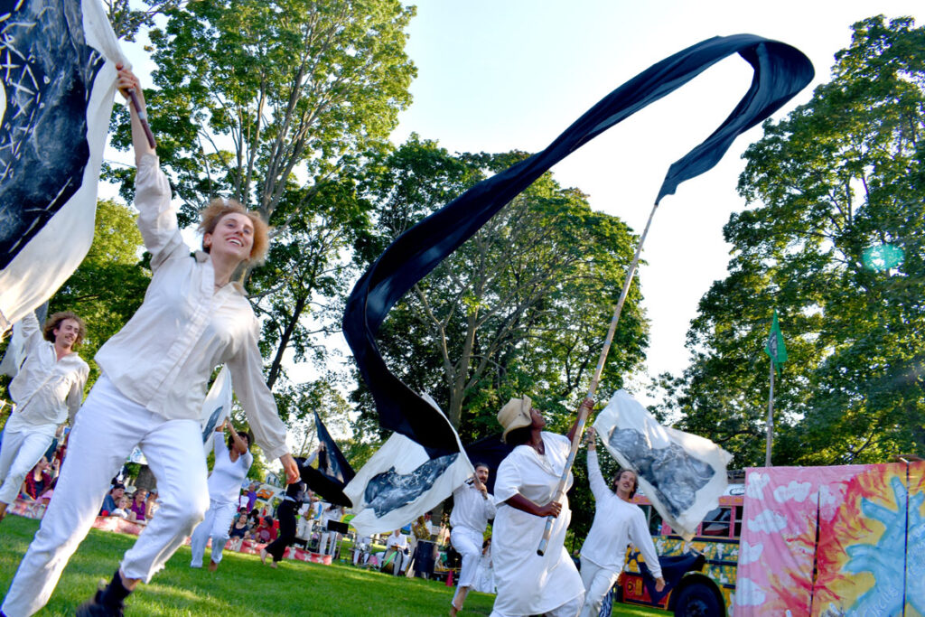 """Bread and Puppet Theater's """"Circus"""" performed at Cambridge Common, Sept. 4, 2021. (©Greg Cook photo)"""