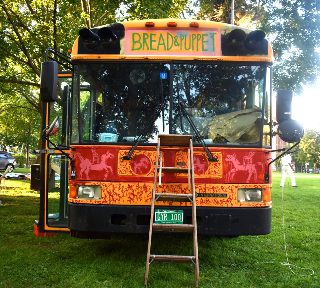 Bread and Puppet Theater's touring bus at Cambridge Common, Sept. 4, 2021. (©Greg Cook photo)